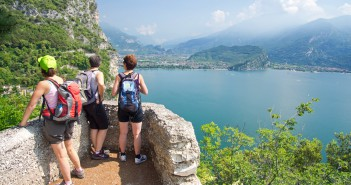 Gardasee, Riva del Garda, Italien, Ponalestraße, Wanderer